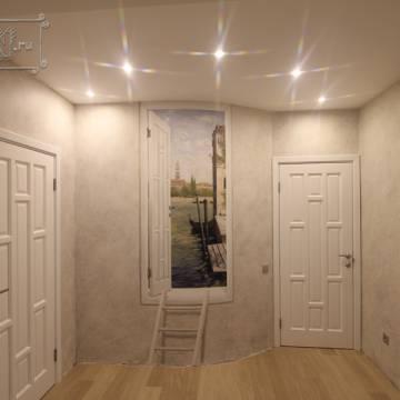 Дверь с Венецией • роспись коридора