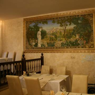 Средневековый замок • картина в ресторане