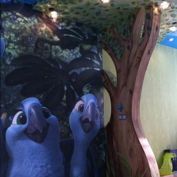Дерево в детской • дизайн стен с росписью