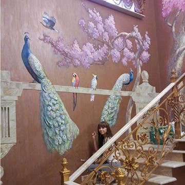 Барельеф в Москве - павлины, цветы, сакура, птицы
