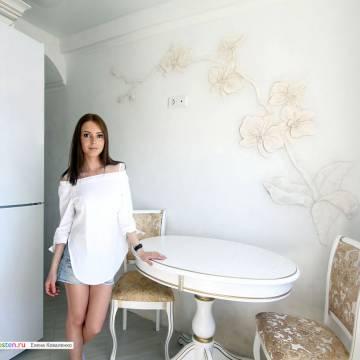 Лепной декор из гипса в интерьере • орхидея