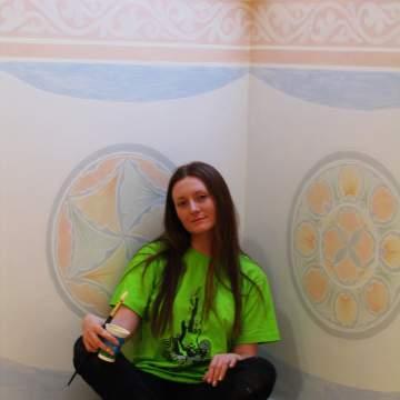 Декоративная роспись стен с орнаментами